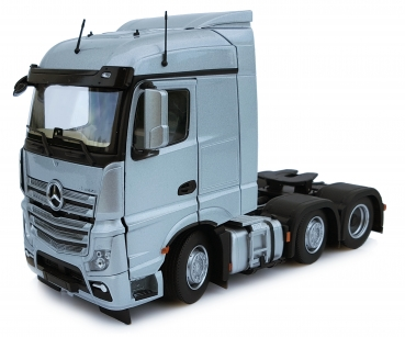 MarGe Models 1908-03 Mercedes-Benz Actros Streamspace 6x2 silber