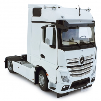MarGe Models 1909-01 Mercedes-Benz Actros Bigspace 4x2 weiß