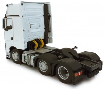 MarGe Models 1912-01 Mercedes Benz Actros Gigaspace 6x2 white