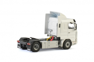 WSI Models 03-2016 White Line SCANIA 3 SERIES STREAMLINE 4x2