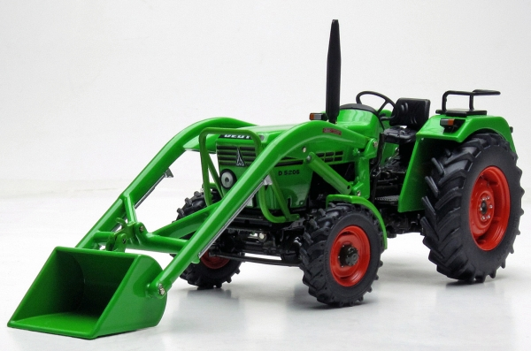 weise-toys 1072 DEUTZ D 52 06 A with frontloader (1974 - 1978)