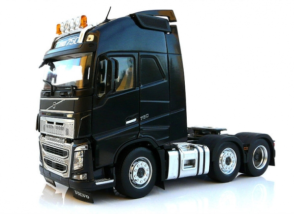 MarGe Models 1811-02 Volvo FH16 6x2 black